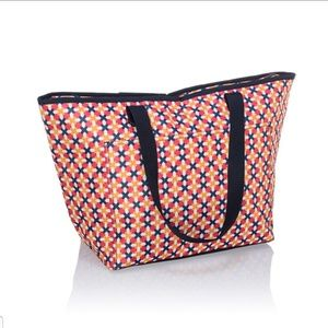 Tote-ally Thermal-Tropical Twist